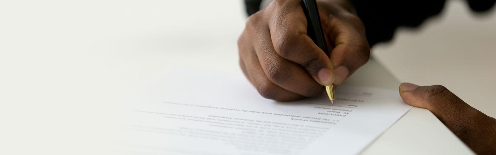 5 Legal Documents Every Senior Needs