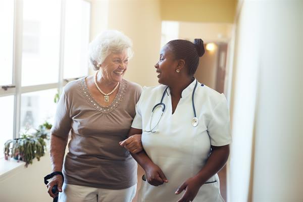 8 Tips for Touring a Senior Living Community