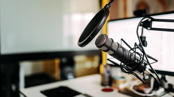 Voiceover / Podcast Training